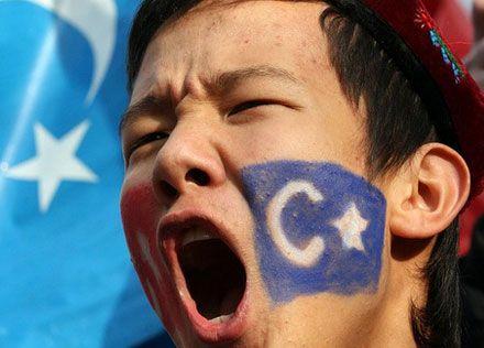 Taylant 109 Uygur Türk'ünü Çin devletine öldürmesi için iade etti.
